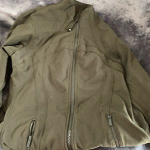 Lululemon fatigue green define jacket